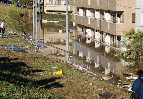 """""""台風19号襲来""""多摩川との合流付近の平瀬川、諏訪・北見方・下野毛地域の浸水被害増大"""