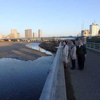 多摩川と平瀬川の合流地点、土砂の撤去が急きょ行われることに!